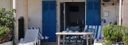location studio vue mer plage hyères Var côte d'azur